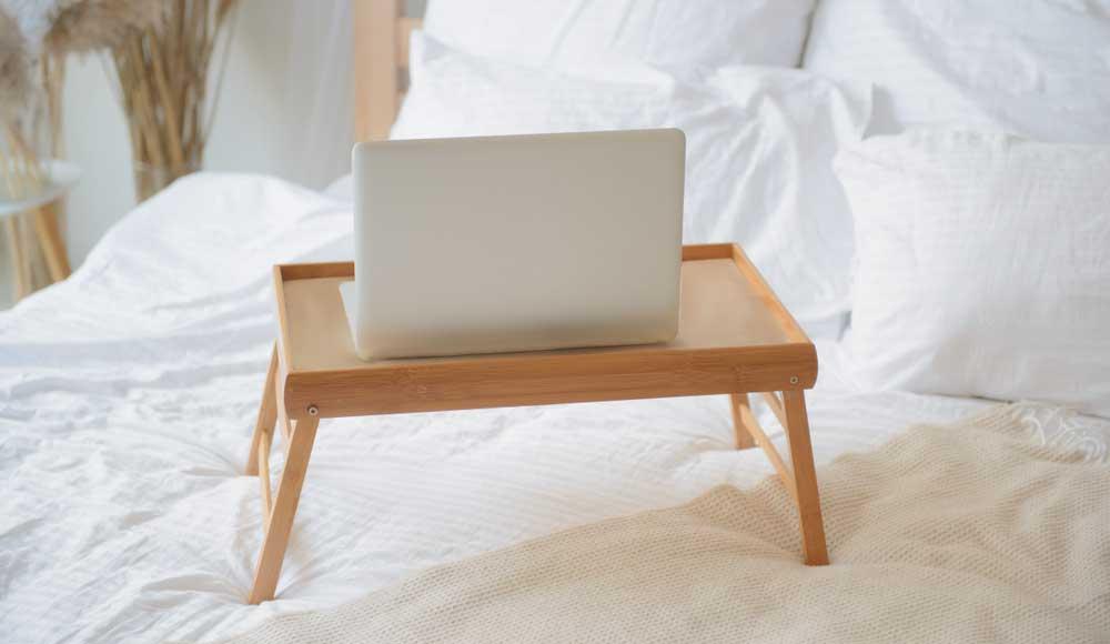 Support ordinateur portable lit